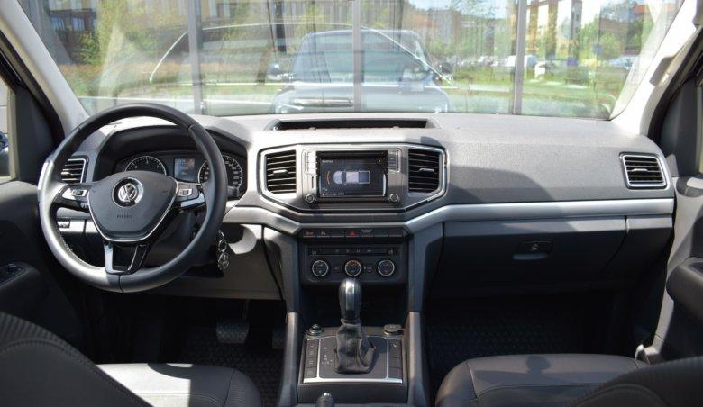 Volkswagen Amarok V6 3,0d 190 kW / ALCANTARA / tažné / aut. klima