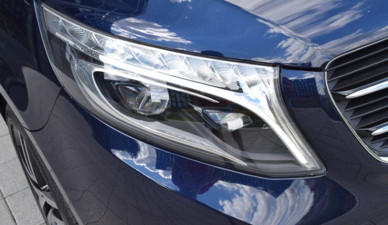 Mercedes-Benz V 250d AMG/XL Dist/360/Tažné/7