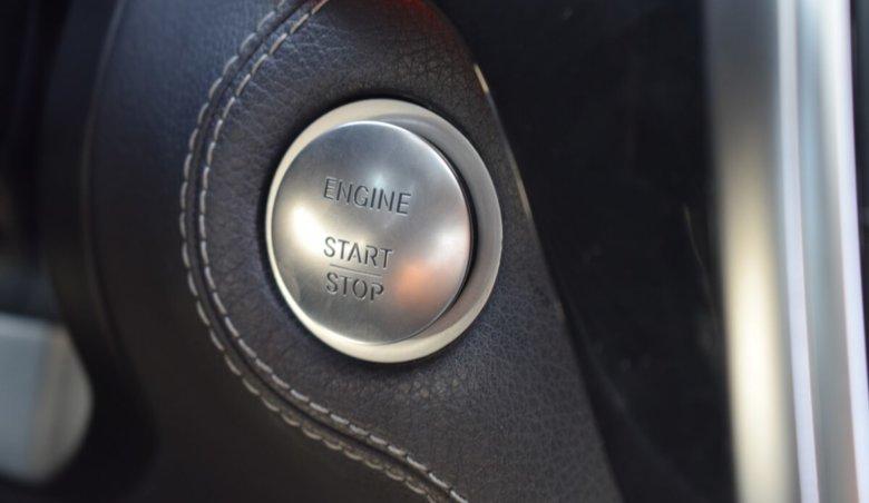 Mercedes Benz ML 350 4matic/benzin/airmatic/keyless