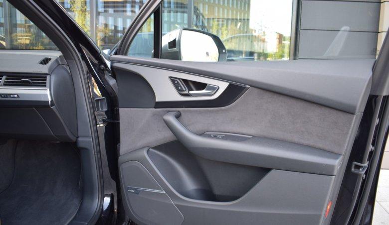 Audi SQ7/Keyless/Panorama
