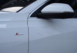 Audi Q8 bíláDSC_0669