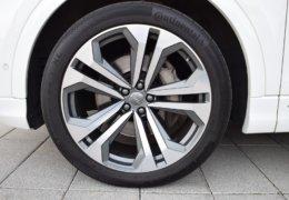 Audi Q8 bíláDSC_0670