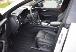 Audi Q8 bíláDSC_0671