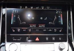 Audi Q8 bíláDSC_0675