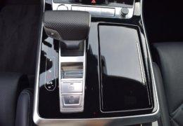 Audi Q8 bíláDSC_0676
