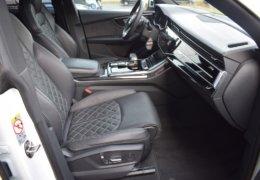 Audi Q8 bíláDSC_0681