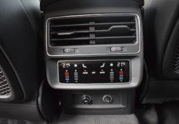 Audi Q8 bíláDSC_0696