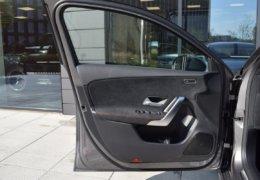 Mercedes A180 šedáDSC_0833