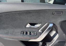 Mercedes A180 šedáDSC_0834