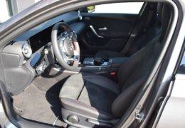 Mercedes A180 šedáDSC_0835