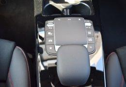 Mercedes A180 šedáDSC_0842