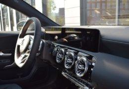 Mercedes A180 šedáDSC_0859