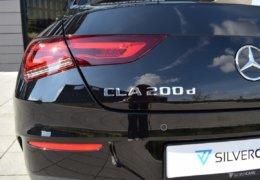 Mercedes CLA200d černáDSC_0876