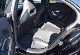 Mercedes CLA200d černáDSC_0880