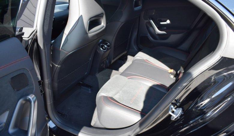 Mercedes Benz CLA 200d/Keyless/AMG