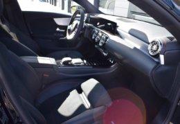 Mercedes CLA200d černáDSC_0882