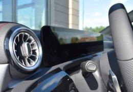 Mercedes CLA200d černáDSC_0887