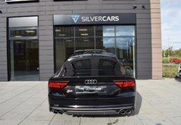 Audi S 7 černáDSC_0057