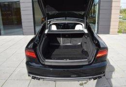 Audi S 7 černáDSC_0059