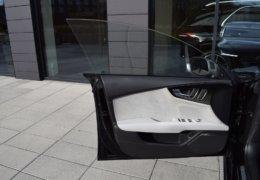 Audi S 7 černáDSC_0063