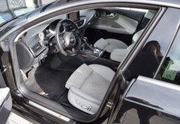 Audi S 7 černáDSC_0076