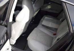 Audi S 7 černáDSC_0080