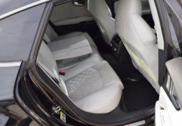 Audi S 7 černáDSC_0084