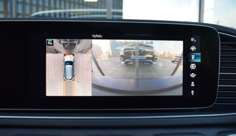 Mercedes Benz 400d/Keyless/AMG/Head-up