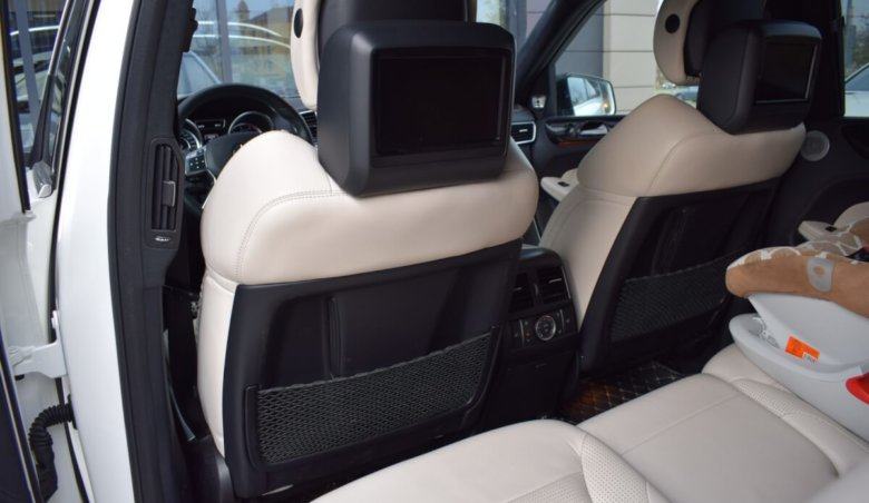 Mercedes Benz GL 63 AMG/tažné/Keyless/Softclose