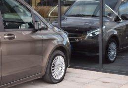 Mercedes Benz V220d L 0017