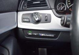 BMW M550d xDrive 0008