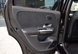 Mercedes benz GLA 200d AMG EDITION 0021
