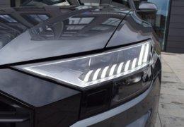 Audi Q8 šedáDSC_0948