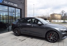 Audi Q8 šedáDSC_0954