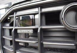 Audi Q8 šedáDSC_0955