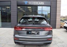 Audi Q8 šedáDSC_0957