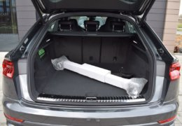 Audi Q8 šedáDSC_0959