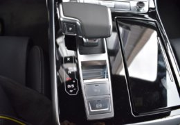 Audi Q8 šedáDSC_0974