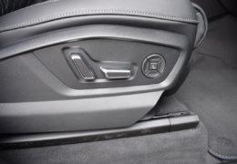 Audi Q8 šedáDSC_0981