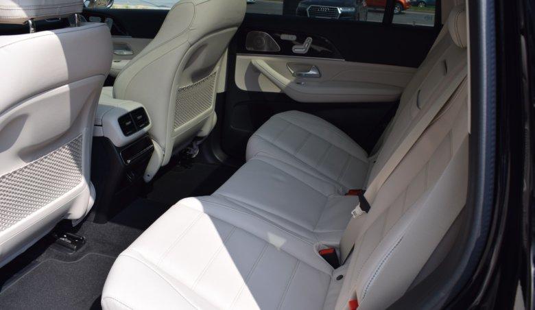 Mercedes – Benz GLS 400d/ Keyless/4matic/tažné/Nový model