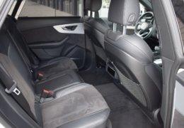 Audi Q8 50tdi bíláDSC_0516