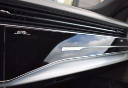 Audi Q8 50tdi bíláDSC_0533