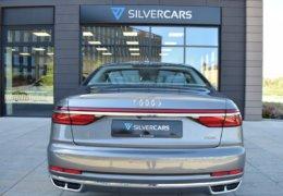Audi A8 šedá DSC_0583