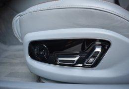 Audi A8 šedá DSC_0592