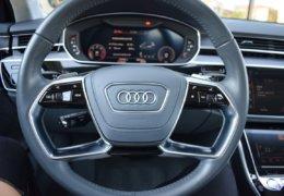 Audi A8 šedá DSC_0597