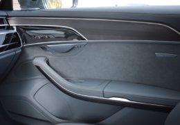 Audi A8 šedá DSC_0611