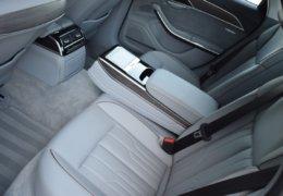 Audi A8 šedá DSC_0612
