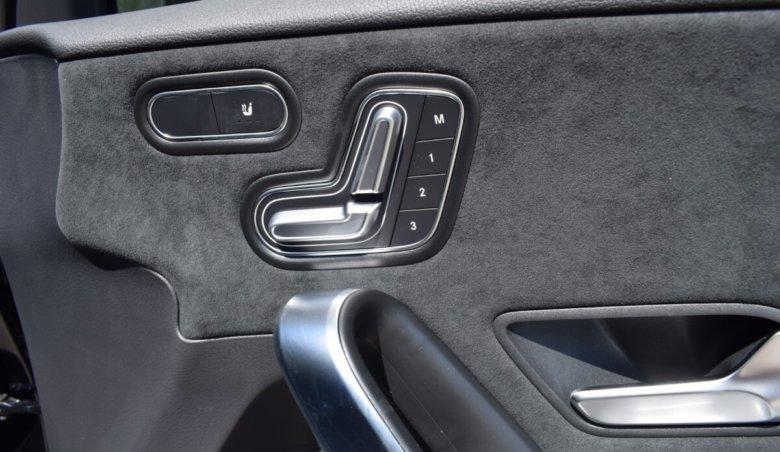 Mercedes-Benz A 200d/Keyless/Nový model