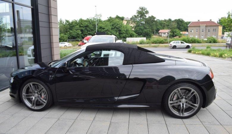 Audi R8 V10/Quattro