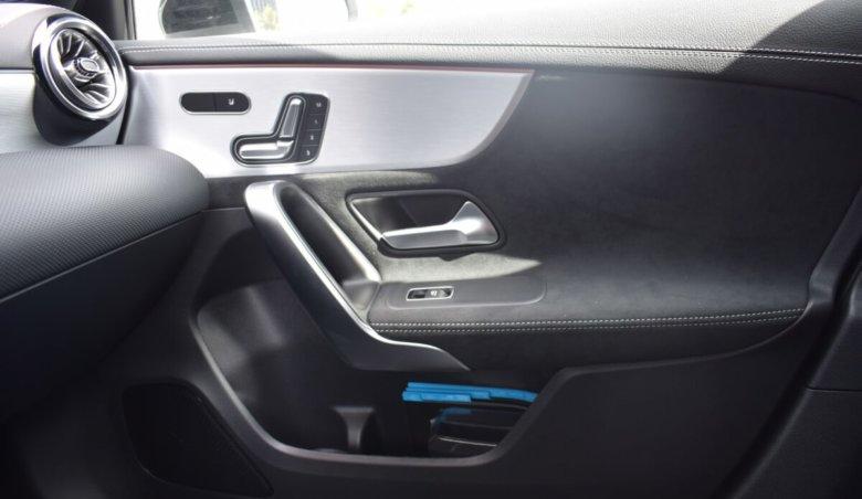 Mercedes-Benz A 180d/Keyless/Edition